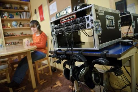 PHOTO: BARTOSZ KRUPA/EAST NEWS OWINSKA, 29/01/2013. OSRODEK OPIEKUNCZO - WYCHOWAWCZY DLA DZIECI NIEWIDOMYCH W MIEJSCOWOSCI OWINSKA. N/Z: BASIA POZNAJE ROZNEGO TYPU DZWIEKI OTOCZENIA W SPECJALNIE DO TEGO PRZYSTOSOWANYCH SALACH ORIENTACJI PRZESTRZENNEJ. Owinska, Poland 29/01/2013 The school for blind children in Owinska. In the picture: room of spatial orientation. Basia learns varied sounds of outside world.