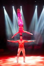 Duo Kvas shows partner acrobats.