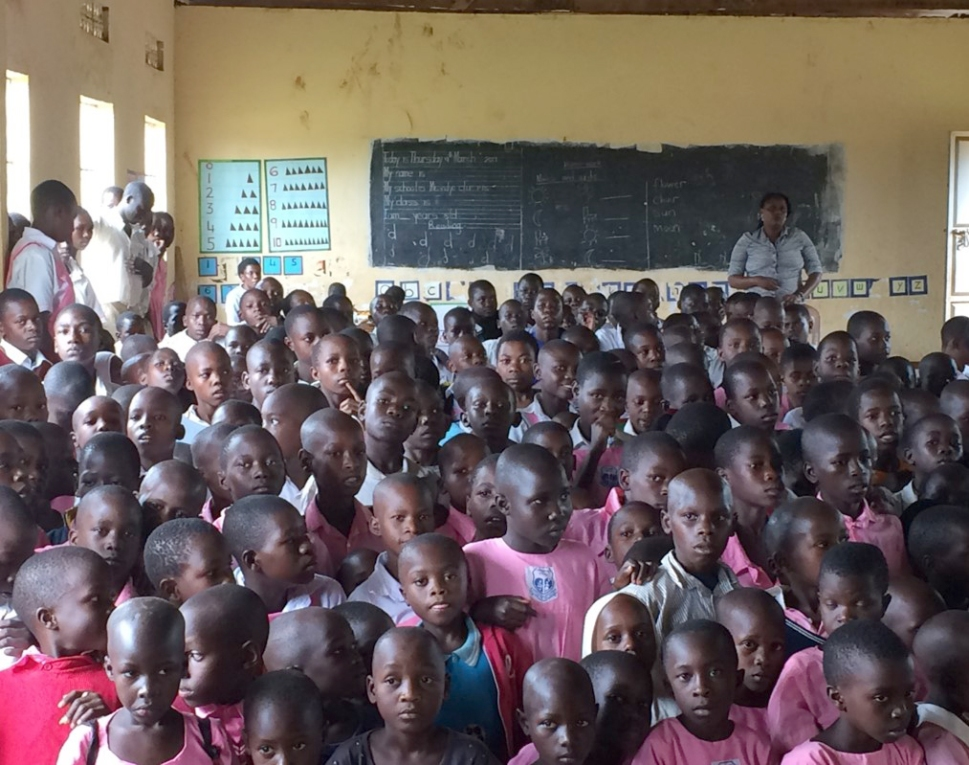 packed-classroom-mission-uganda